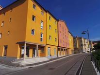 Appartement 631054 voor 6 personen in Presika