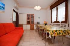 Ferienwohnung 632969 für 12 Personen in Rosolina Mare