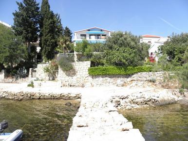 Für 4 Personen: Hübsches Apartment / Ferienwohnung in der Region Maslenica