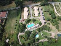 Ferienwohnung 636948 für 8 Personen in Sorano