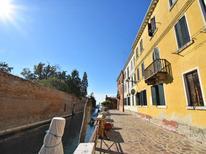 Appartement 639092 voor 6 personen in La Giudecca