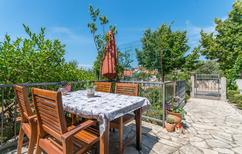 Holiday apartment 639876 for 4 persons in Pakoštane