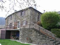 Appartement 640309 voor 4 volwassenen + 2 kinderen in Saint-André-de-Lancize