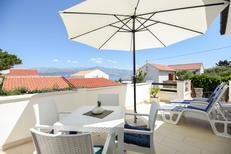 Appartement 648536 voor 4 personen in Splitska