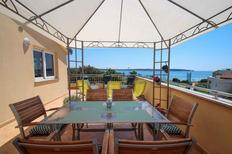 Holiday apartment 654905 for 6 persons in Novigrad