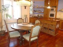 Appartement 655740 voor 4 personen in Olot