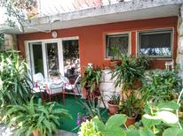 Holiday apartment 656103 for 4 persons in Makarska