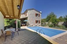 Casa de vacaciones 658786 para 8 personas en Čehići