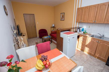 Für 3 Personen: Hübsches Apartment / Ferienwohnung in der Region Zadar