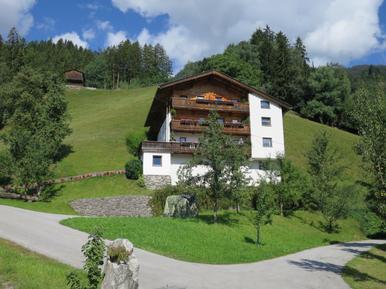 Gemütliches Ferienhaus : Region Mayrhofen für 12 Personen