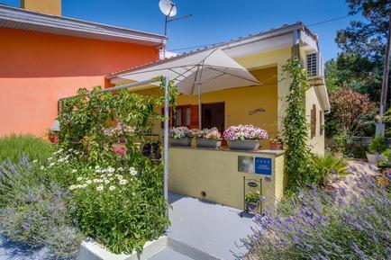 Für 2 Personen: Hübsches Apartment / Ferienwohnung in der Region Losinj