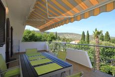 Holiday apartment 667772 for 5 persons in Cres