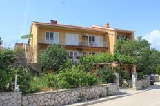 Holiday apartment 667811 for 5 persons in Cres