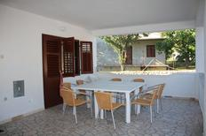 Holiday apartment 668139 for 11 persons in Kampor