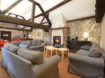 Vakantiehuis 67633 voor 32 personen in Annevoie-Rouillon