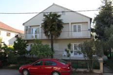 Appartement 671129 voor 5 personen in Biograd