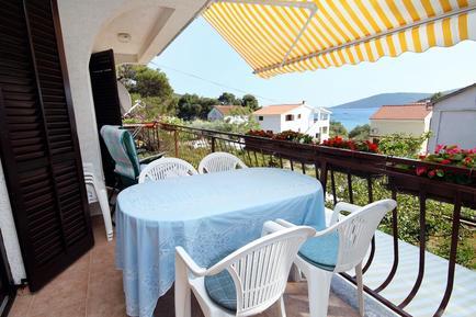 Für 5 Personen: Hübsches Apartment / Ferienwohnung in der Region Brgulje