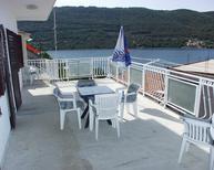 Ferienwohnung 671396 für 8 Personen in Grebastica