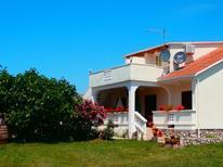 Ferienwohnung 671882 für 5 Personen in Ljubač bei Zadar