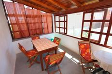 Appartement 672493 voor 6 personen in Preko