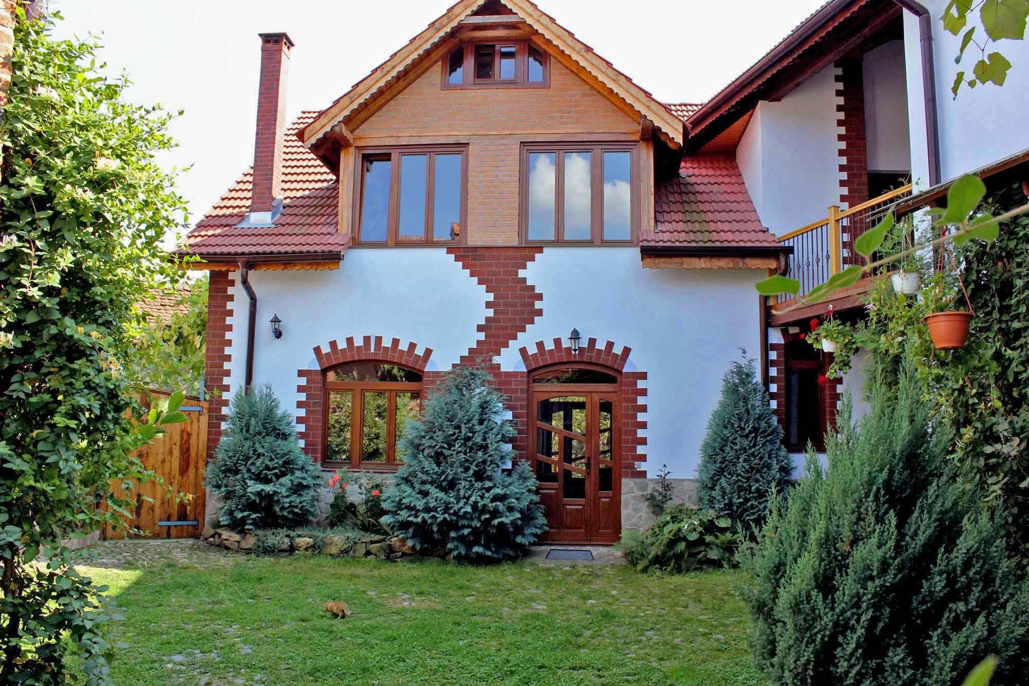 ? CASA VALE ?  6 Ferienhäuser in urigem Hirte  in Rumänien