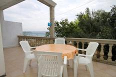 Holiday apartment 674037 for 5 persons in Tkon