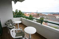 Appartement de vacances 674156 pour 6 personnes , Turanj