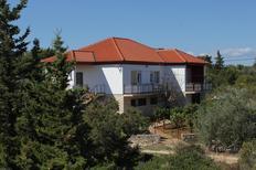 Ferienwohnung 674198 für 9 Personen in Ugljan