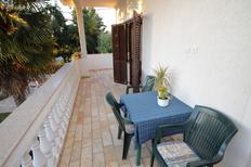 Holiday apartment 674931 for 3 persons in Diklo