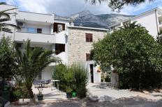 Ferienwohnung 676857 für 5 Personen in Makarska