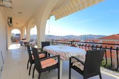 Apartamento 677530 para 12 personas en Okrug Gornji