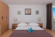Ferienwohnung 679926 für 6 Personen in Tučepi