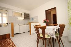 Holiday apartment 679928 for 3 persons in Tučepi