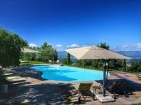 Ferienhaus 686239 für 2 Personen in Loro Ciuffenna