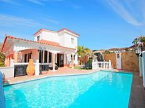 Ferienhaus 686618 für 12 Personen in Tauro