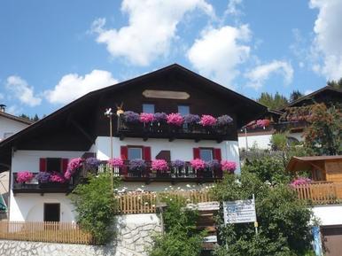 Für 10 Personen: Hübsches Apartment / Ferienwohnung in der Region Dolomiten