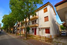 Holiday apartment 687092 for 8 persons in Lignano Sabbiadoro