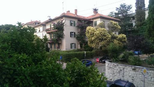 Für 2 Personen: Hübsches Apartment / Ferienwohnung in der Region Split