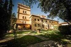 Ferienhaus 688983 für 9 Personen in Pozzale