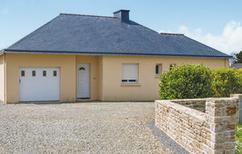 Ferienhaus 689009 für 4 Personen in Landéda