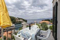 Ferienwohnung 690266 für 5 Personen in Splitska