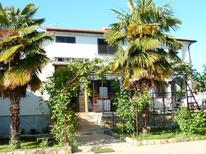 Holiday apartment 690539 for 4 persons in Umag
