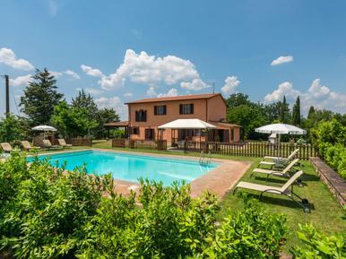 Gemütliches Ferienhaus : Region Paganico für 12 Personen