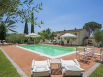 Villa 694884 per 18 persone in Ceppeto
