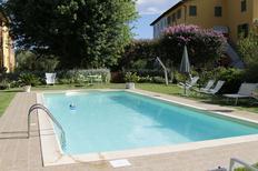 Appartamento 696411 per 3 persone in Lucca