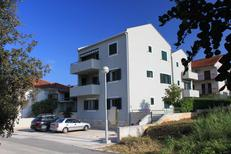 Holiday apartment 699456 for 5 persons in Stari Grad