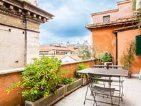 Appartement 699736 voor 5 personen in Rome – Centro Storico