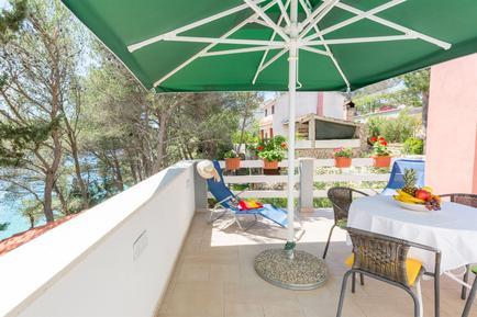Für 5 Personen: Hübsches Apartment / Ferienwohnung in der Region Dalmatien