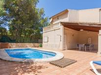 Appartement 708585 voor 6 personen in Colònia de Sant Pere