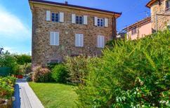 Appartement 708613 voor 4 personen in Pedona di Camaiore